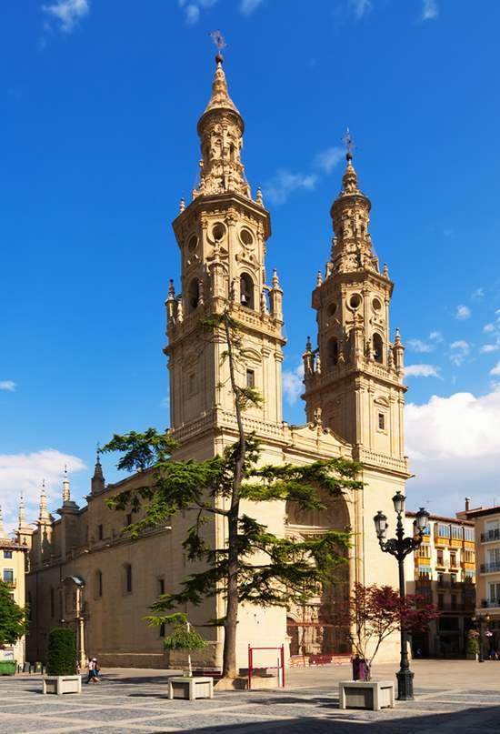 Las ocho catedrales del Camino de Santiago Francés
